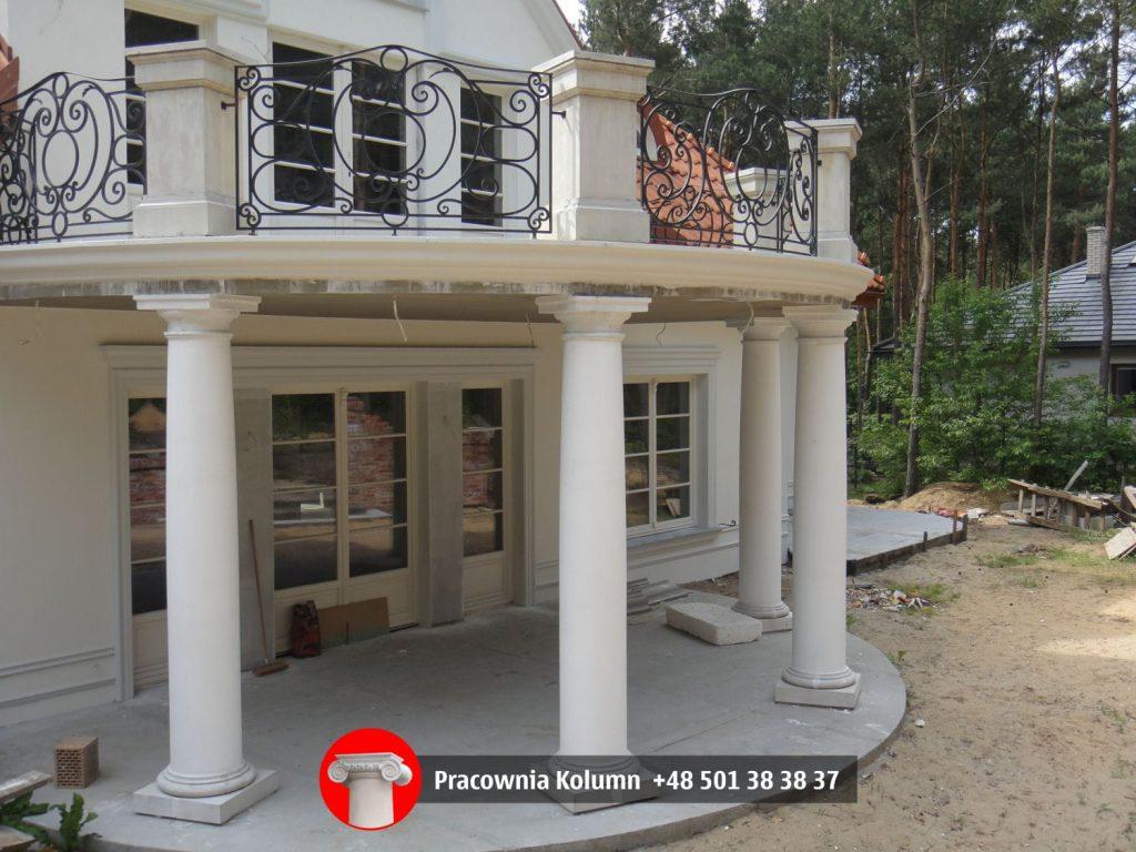 KOLUMNA BETONOWA RZYMSKO-DORYCKA FILAR 40/32 cm  270 – 315 cm  (w całości)